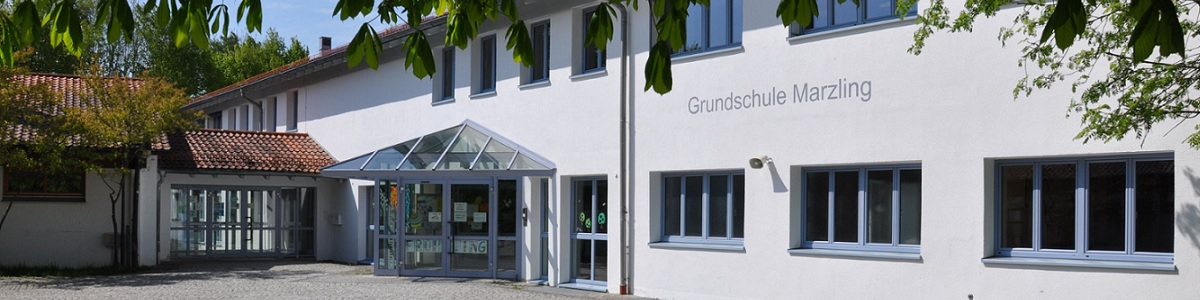 Grundschule Marzling Haupteingang